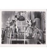 Wizard of Oz Dorothy Garland Lahr Haley Bolger Morgan Toto Balloon 8x10 ... - $12.74