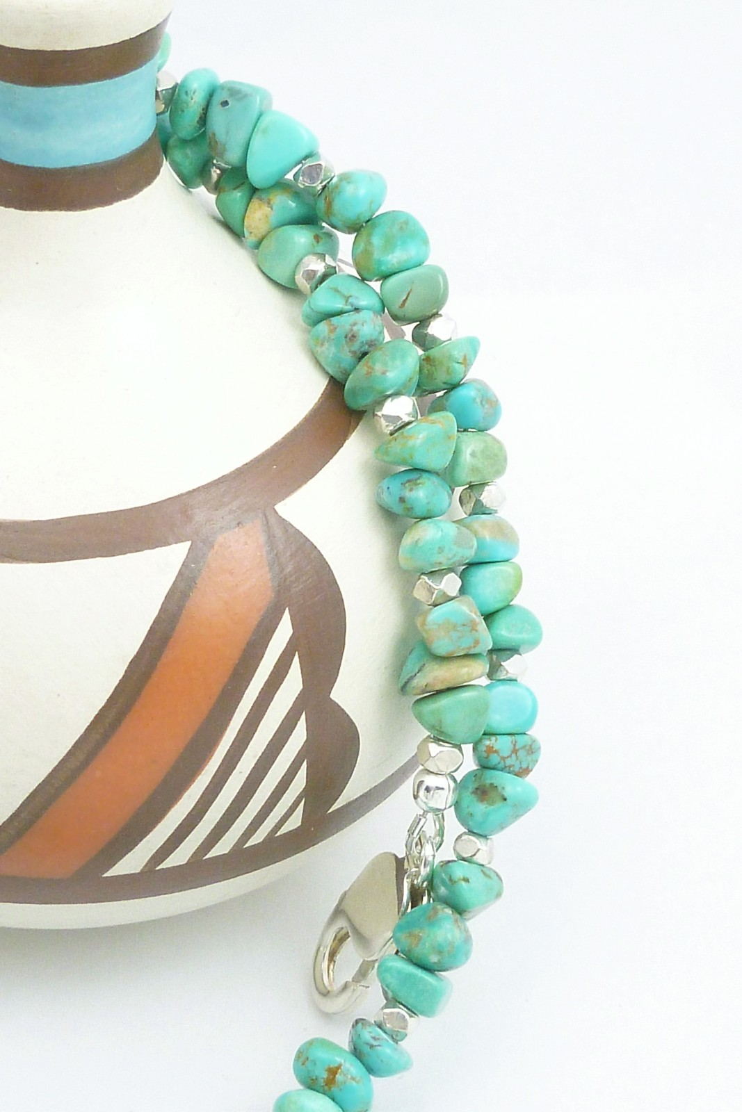 Kingman American Southwest Turquoise Pendant Beaded Sterling Necklace Blue-Green