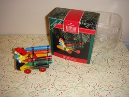Hallmark 1992 Crayola Crayon Bright Blazing Colors Ornament - $12.49