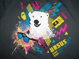"Ursus Vodka ""Stay Fresh Stay Cool"" Polar Bear Grey 50/50 Graphic Print T-Shirt M - $17.46"