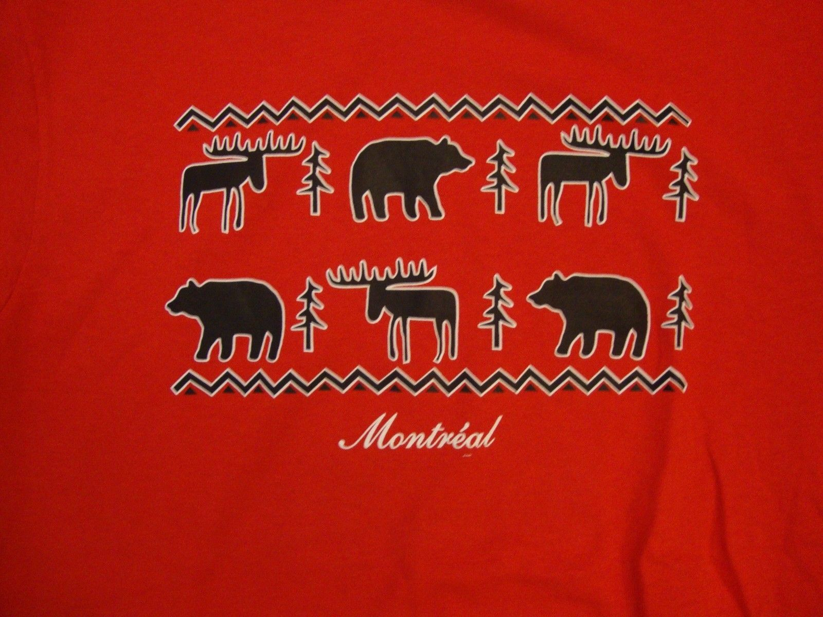 Primary image for Montreal Montréal Canada Moose Bear Tree Pattern Outdoors Red T Shirt M