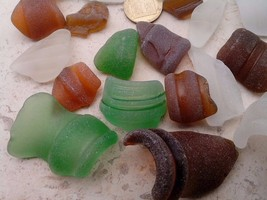 24 pcs Mix Collors Genuine Bottle Neck Rim Sea Beach Glass From Israel RARE - $6.47