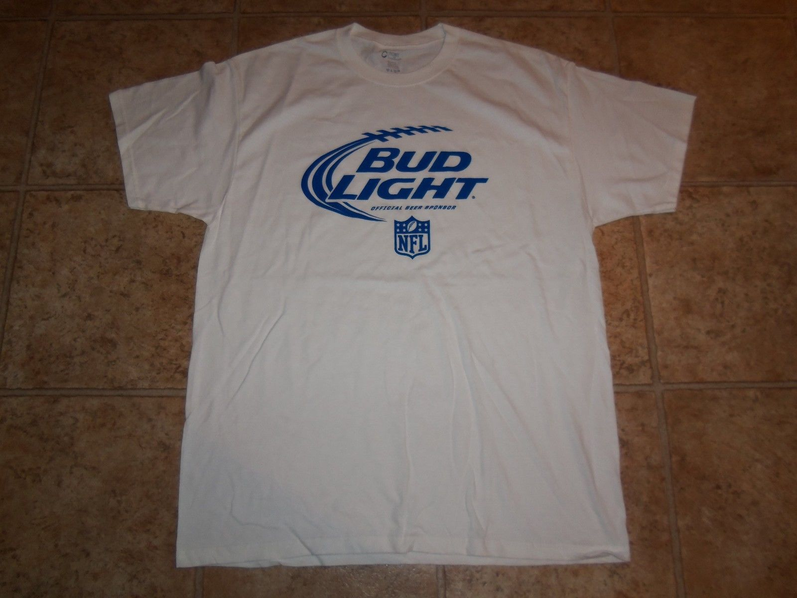 NFL Bud Light Official Beer Sponsor NFL Football White Graphic Print T Shirt XL