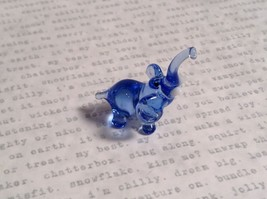 Micro miniature small hand blown glass figurine clear blue elephant USA  NIB