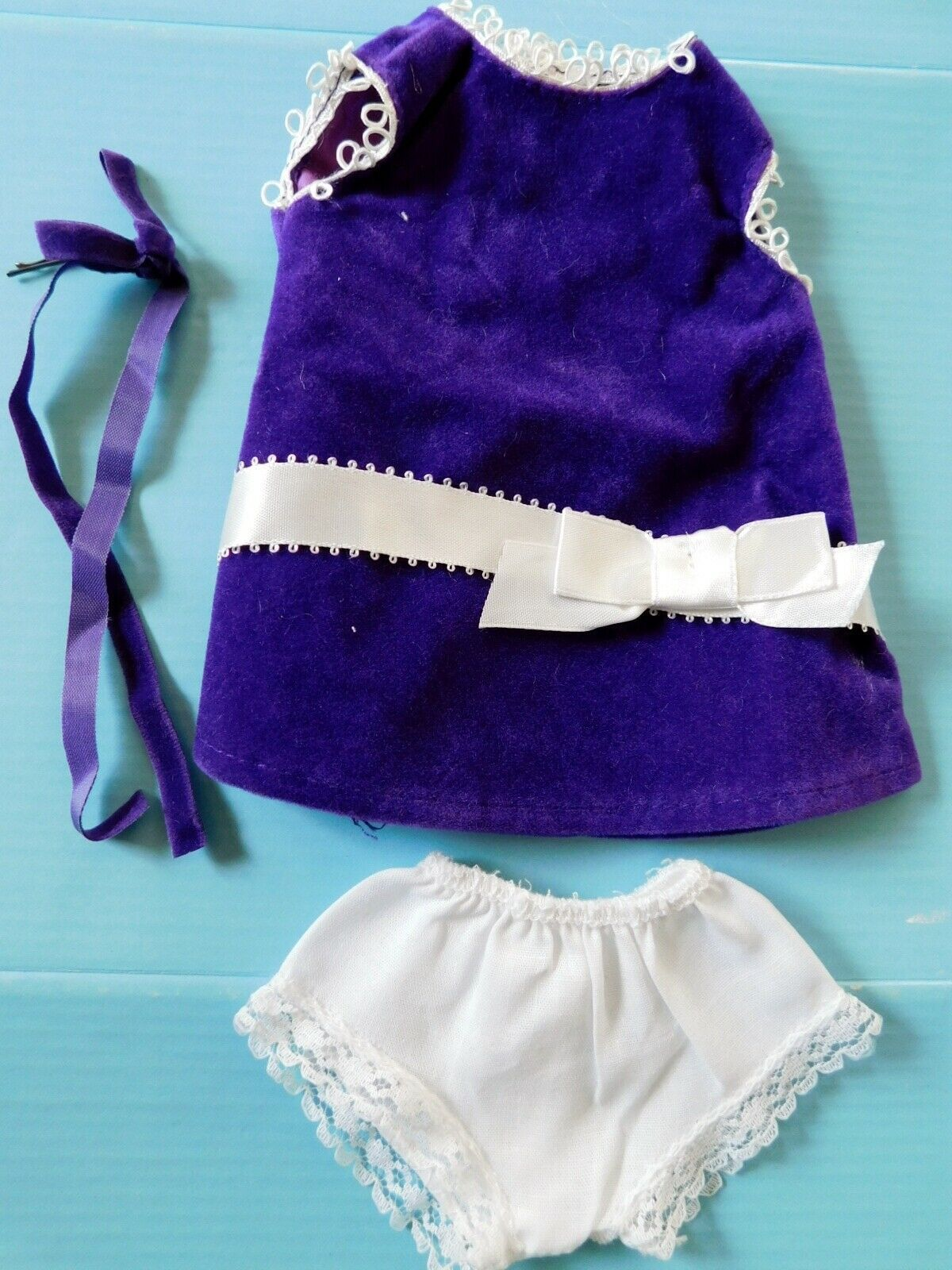 Primary image for 1970 IDEAL VELVET PURPLE DRESS w/HAIRBOW & PANTIES Crisp Factory Overstock MIP