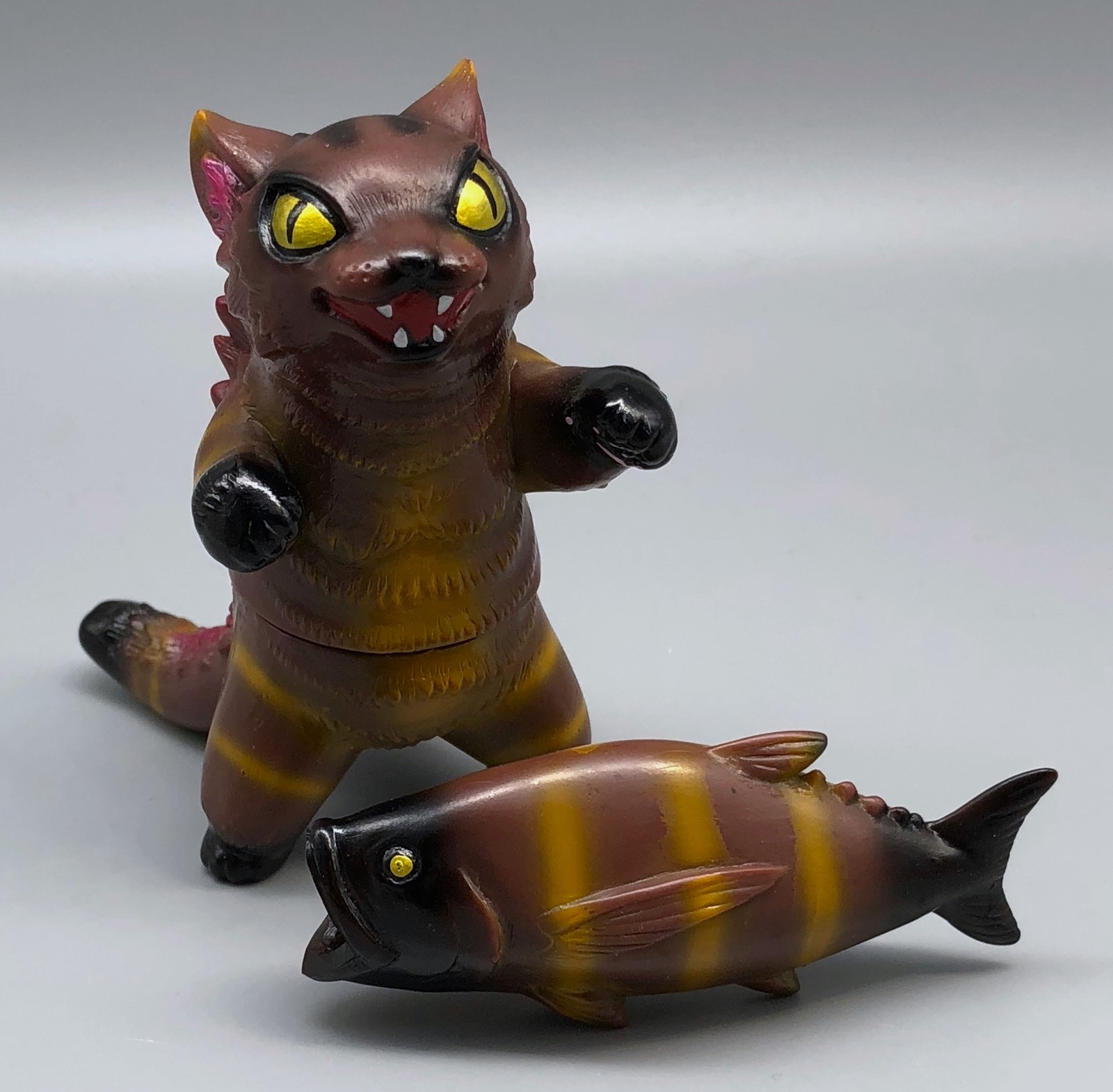 Max Toy Sabertooth Negora w/ Fish