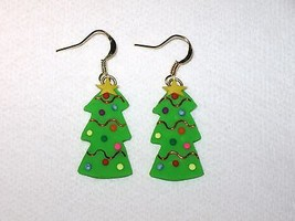 Christmas Tree Bright Green Red Wire Accent Pol... - $2.50