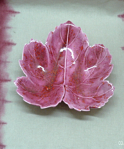 Vintage Mid Century Retro Pink Speckled Leaf Candy Dish // Decorative Bowl - $8.00