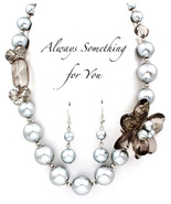 Gray Tones Beaded Faux Pearl Flower Chunky Necklace & Earring Set - $23.78