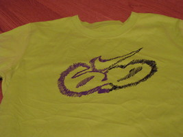 Boys Nike L 14/16 T shirt 6.0 skate youth bright cactus purple soft 9754... - $7.79