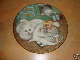 Captive Audience Hamilton collec Country kitties plate - $11.99