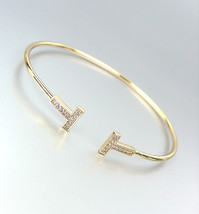 LUXURIOUS Thin Dainty 18kt Gold Plated CZ Crystals T End Tips Cuff Bracelet - $516,13 MXN