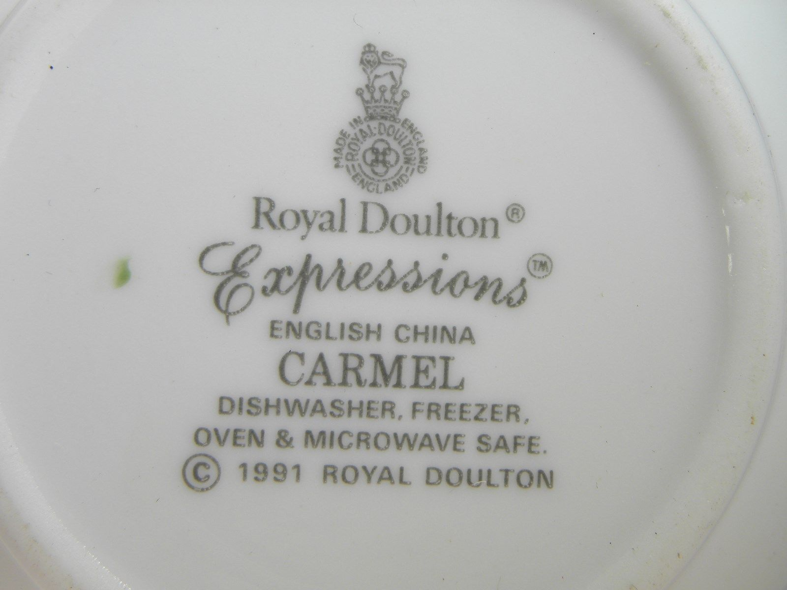 please select. Royal Doulton Carmel Expressions 1991 plates and dishes