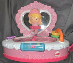 Fisher Price Princess/Mommy Musical Jewelry Box Ballerina Music Lights L... - $18.57