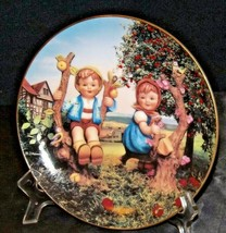 "M.J. Hummel ""Apple Tree Boy & Girl"" Collector Plate AA20-CP2303AA Vintage Little - $49.95"