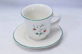 Pfaltzgraff Winterberry Cups and Saucers 8 each - $39.19
