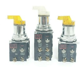 LOT OF 3 CUTLER-HAMMER 2-POS. SELECTOR SWITCHES W/ 120V 50/60HZ COILS, 5.3V LAMP image 2