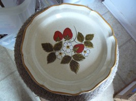 Mikasa Strawberry Festival round platter 1  available - $10.84