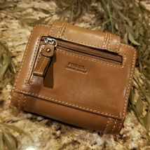 Womens FOSSIL Multi Compartment Tan Leather Trifold Wallet image 3