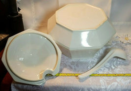VINTAGE CREAM COLORED SOUP TUREEN W/ COVER AND LADLE GLAZED PORCELAIN image 6