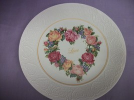 "Avon 1987 ""A Bouquet of Love"" porcelain plate  7"" - $7.67"