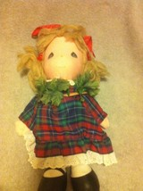 PRECIOUS MOMENTS--CLOTH DOLL--CHRISTMAS-- WREATH--APPLAUSE--1987--FREE S... - $24.39