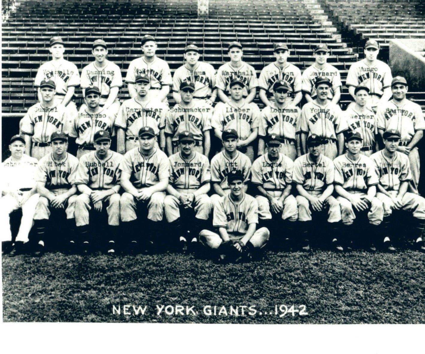 1942 NEW YORK GIANTS 8X10 TEAM PHOTO BASEBALL PICTURE NY MLB