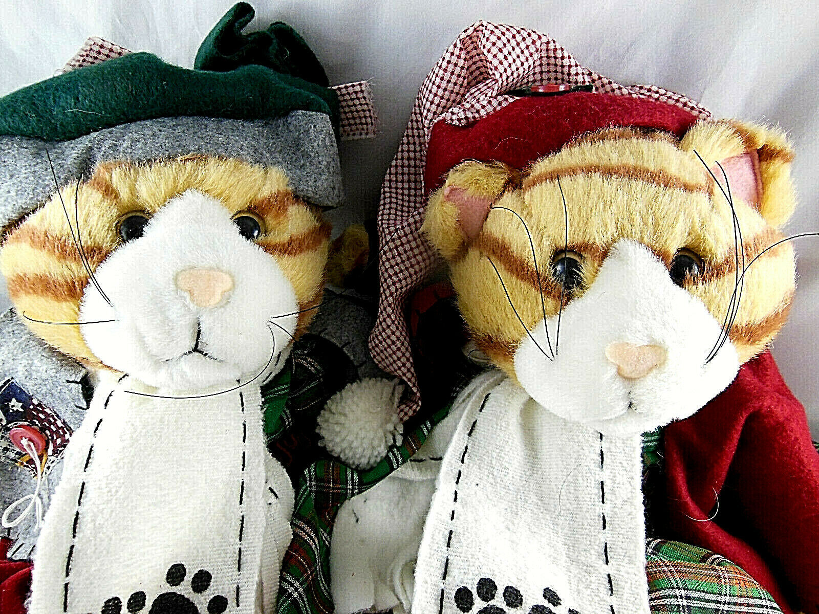 """Tender Hearted Pair Of Yellow Tabby Cats Boy & Girl  15"""" w music sound Christmas image 2"""