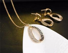 Women Designer Fashion Crystal Jewelry Set image 4