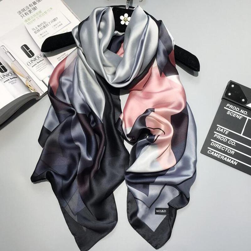 2018 luxury brand Women Silk scarf Beach Shawl and Echarpe Luxurious Wrap Design