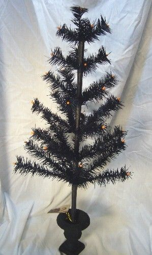 Bethany Lowe Black Halloween Feather Tree 26 inch in Urn