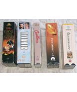 5 Lote VHS Cintas Peliculas Titanic Gone con el Wind Camelot Casablanca ... - $9.29