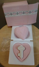 Vintage Pink KEY TO MY HEART 3 Piece Avon Romance Keepsake SOAP Bar Set ... - $27.00
