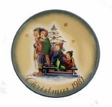 """Schmid """"A Time to Remember"""" Christmas 1981 Limited Edition Collector Plate - $17.81"""