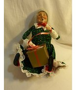 "Byers' Choice Ltd ""The Carolers"" 1992 Sitting Grandma Mrs. Claus in Gree... - $59.38"