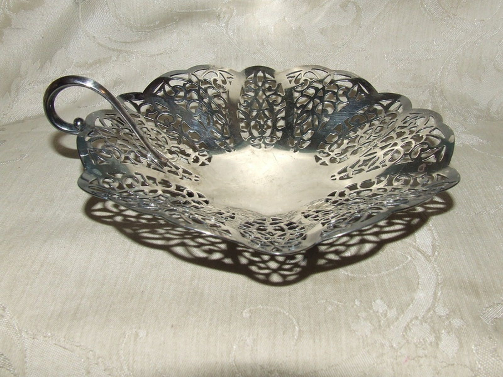 Vintage International Silverplate LOVELACE Pierced 1 Handled Bon Bon Dish #2295 - $16.00