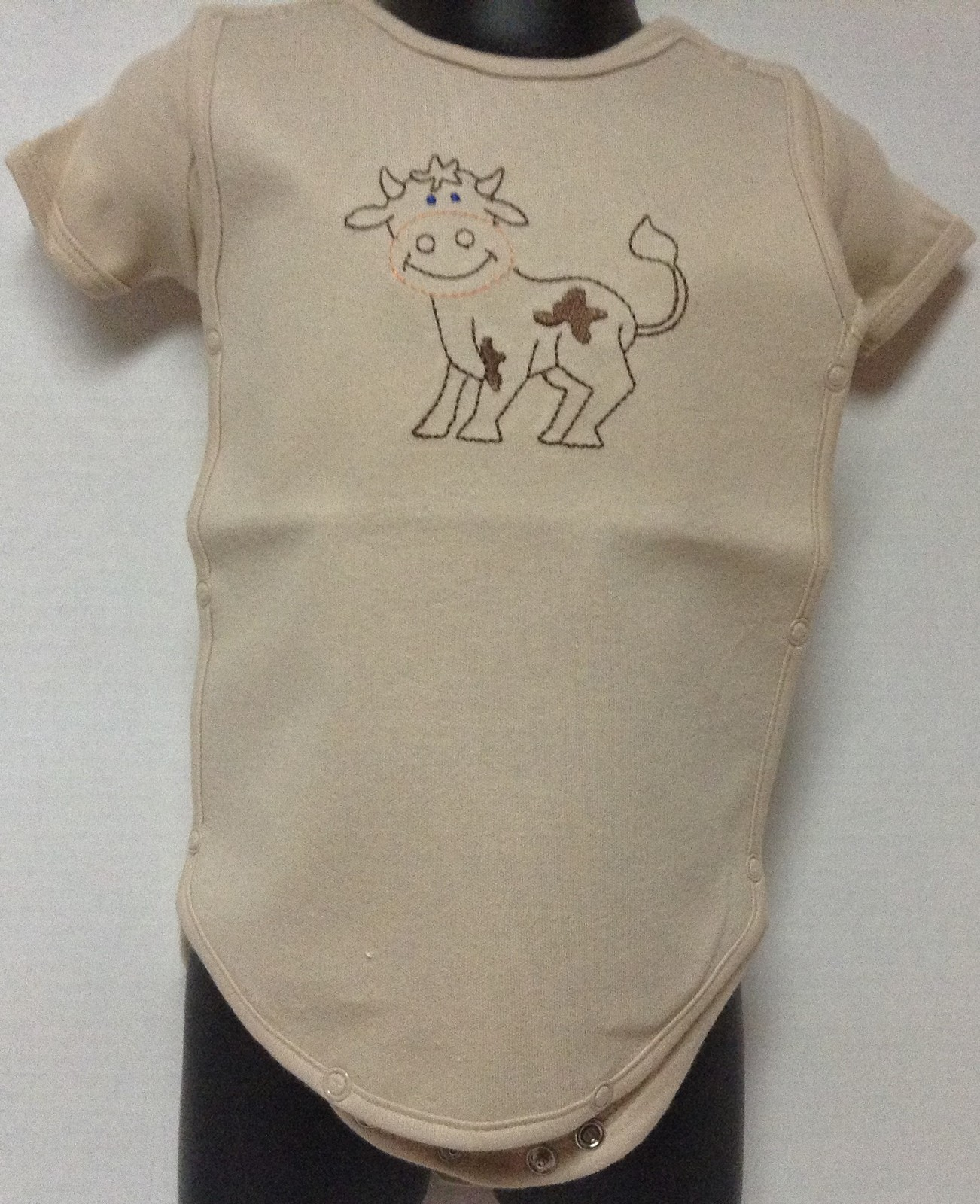 Onesie Spill Resistant Snap On Cover Character Cow Beige Color Sz 3-6 Months NWT