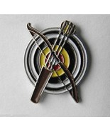 ARCHERY TARGET BOW AND ARROW SPORT NOVELTY LAPEL PIN BADGE 3/4 INCH - $4.46