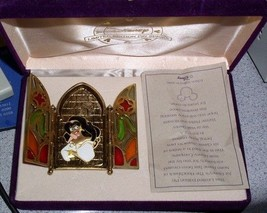 Esmeralda Hunchback Pin Brooch Limited Edition Authentic Disney Mint in box - $94.99