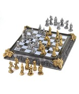 Medieval Chess Set - $1.428,16 MXN