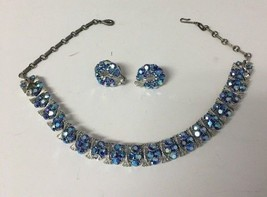 Vintage LISNER Necklace and Clip on earrings Blue Beautiful See details - $72.57