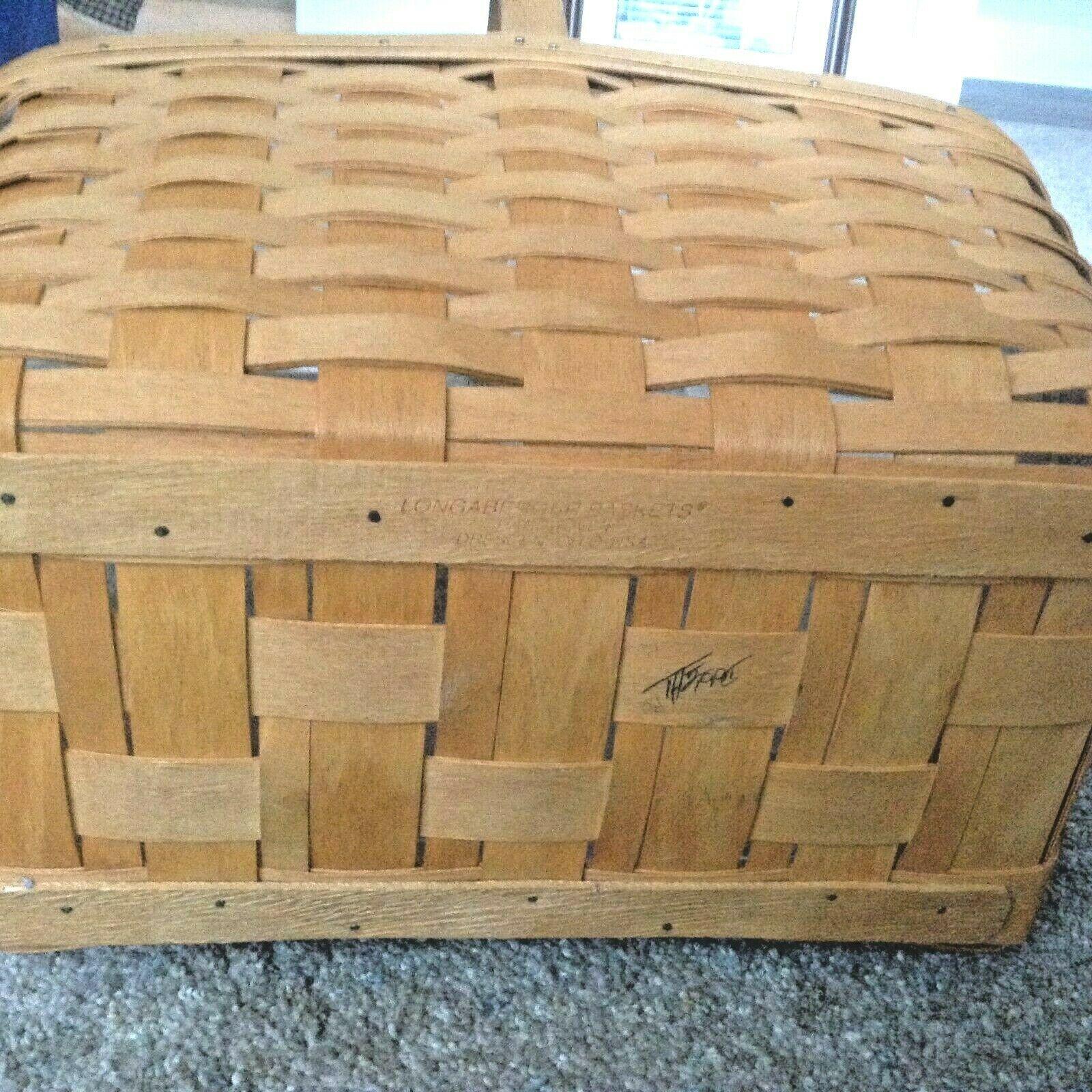 1995 Longaberger Market Basket - Large with protector  euc stationary  handle