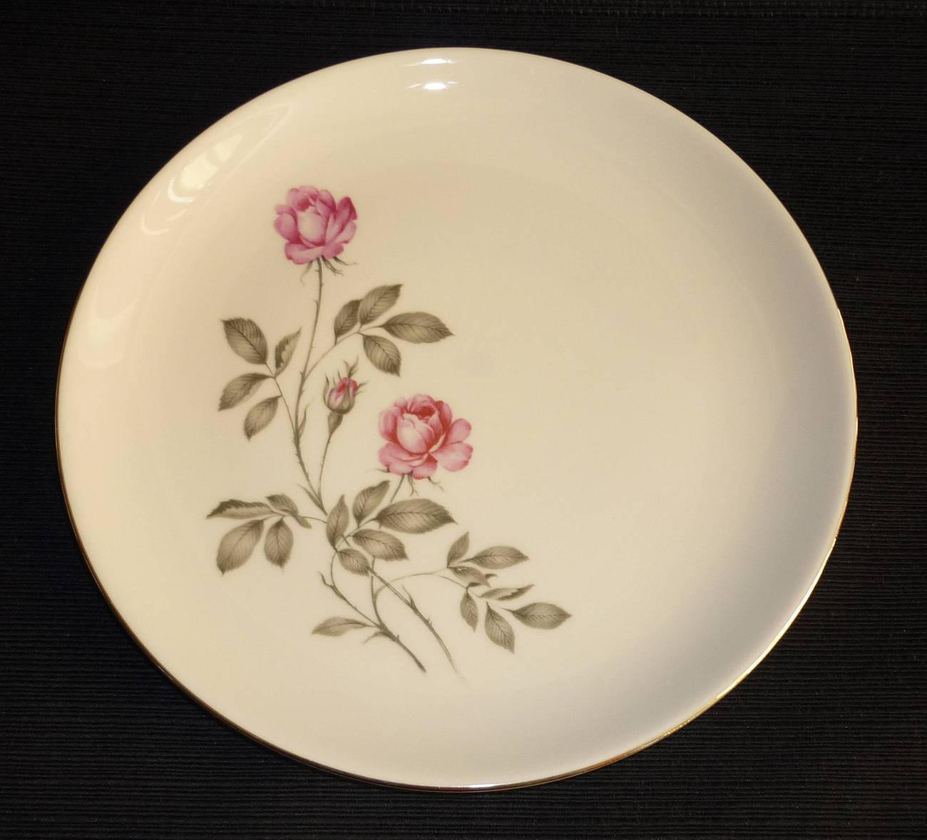 Homer laughlin american rose plate chip 1
