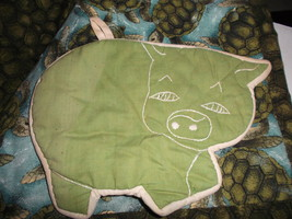 Pig Shaped Hot Pad or Pot Holder-Vintage & Hand Made - $10.00