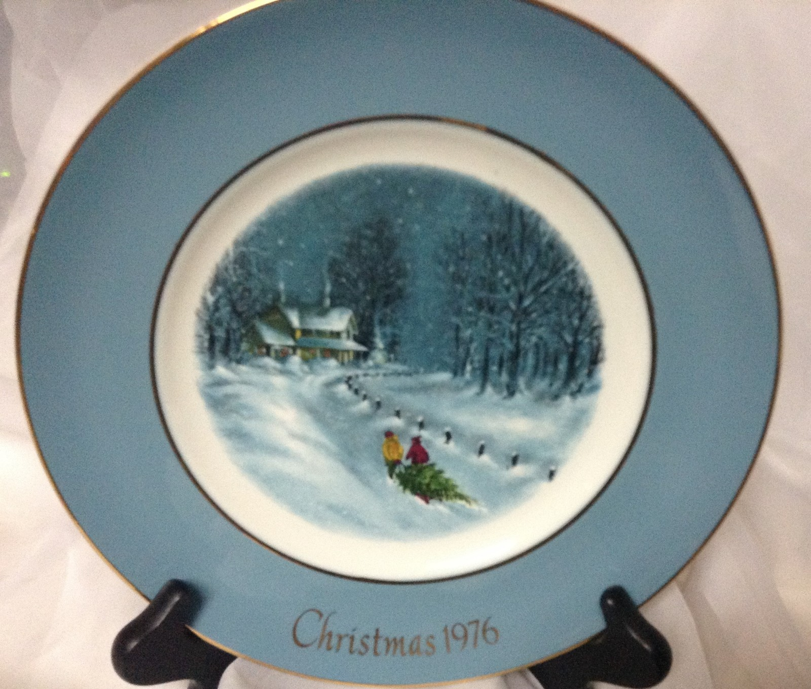 avon christmas plates collection set of five 1976 1980