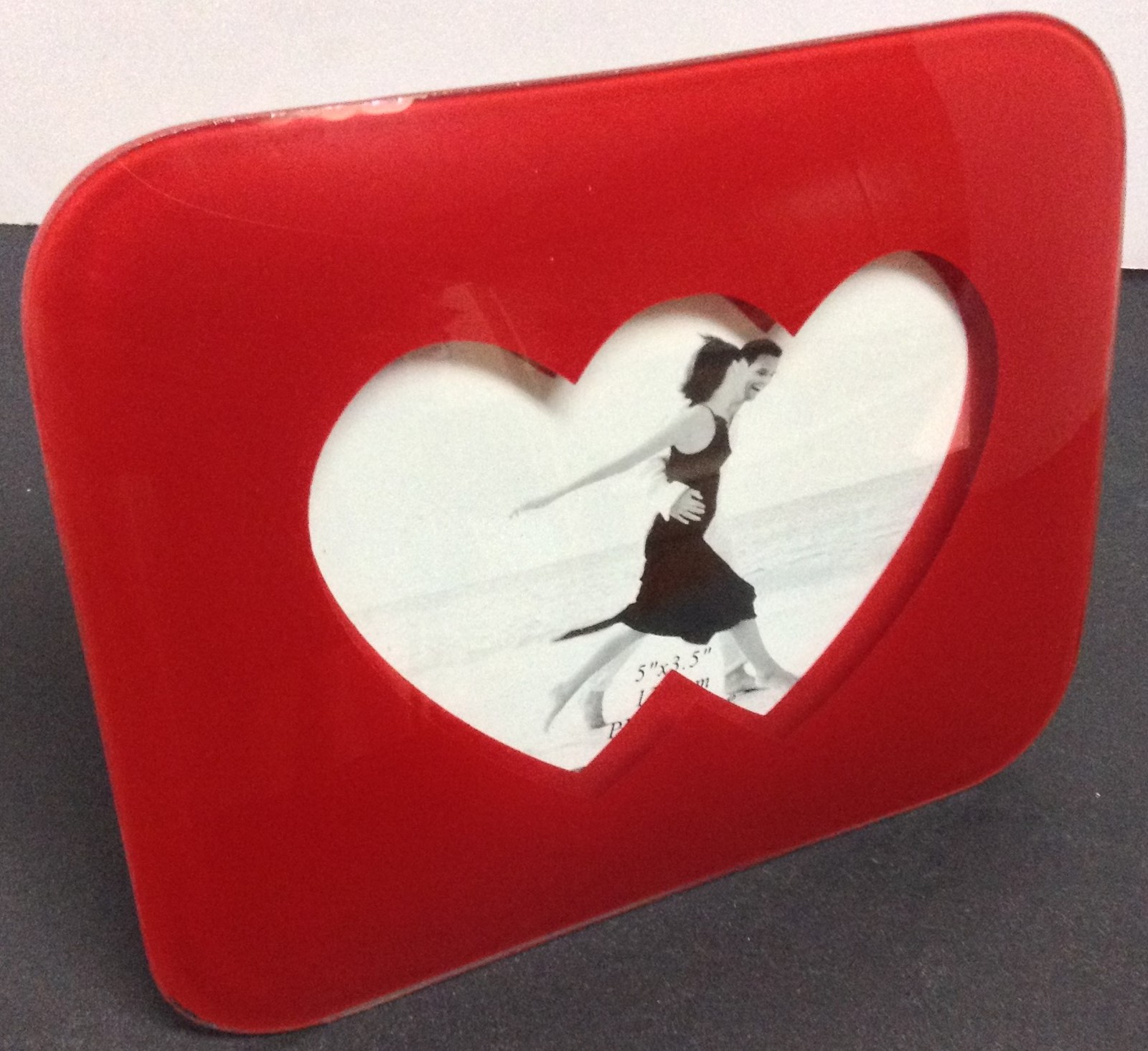 "Glossy Red Double Hearts Photo Frame NWT 7.5"" x 6"" Future Sleek"
