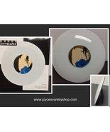 "City Scapes Glossy White Curved Photo Frame NIB 6.5"" x 6.5"" Future Sleek  - $11.99"