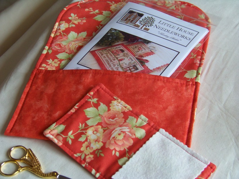 Traveling Stitcher Project Keeper & Needlebook pre-finished Impie Hattie & Bea