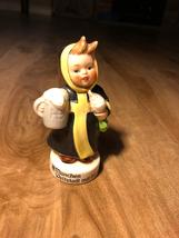 Goebel Munchen Weltstadt Mit Kerz Figurine - $30.00
