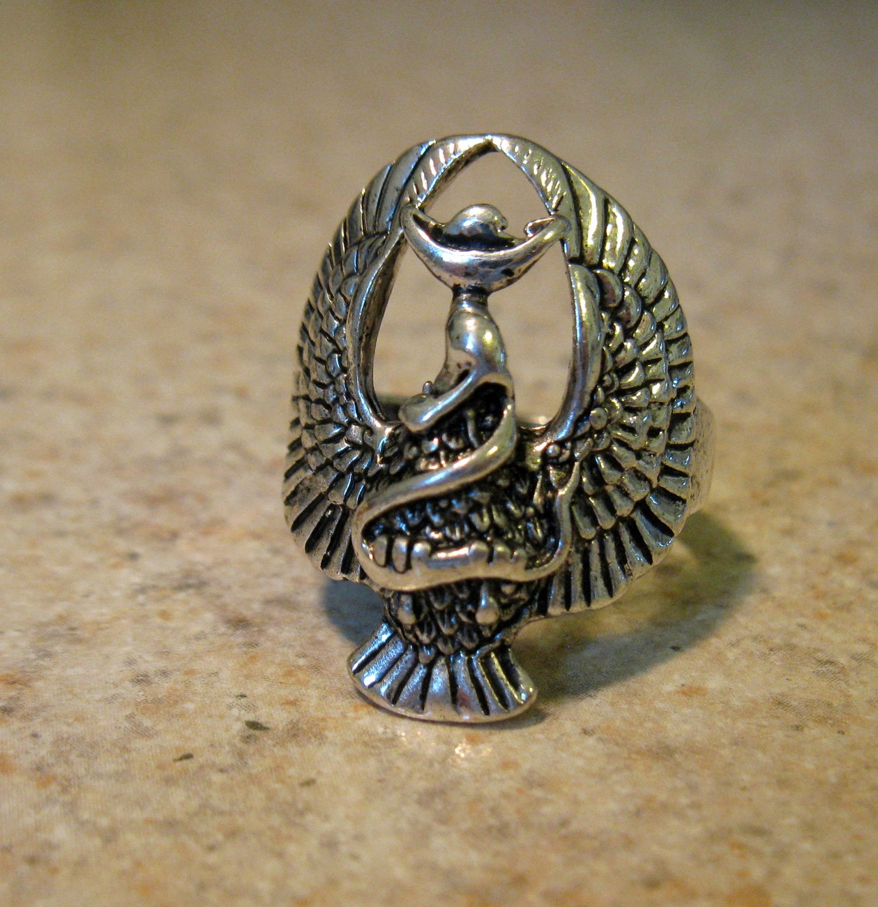 786 eagle ring size 8